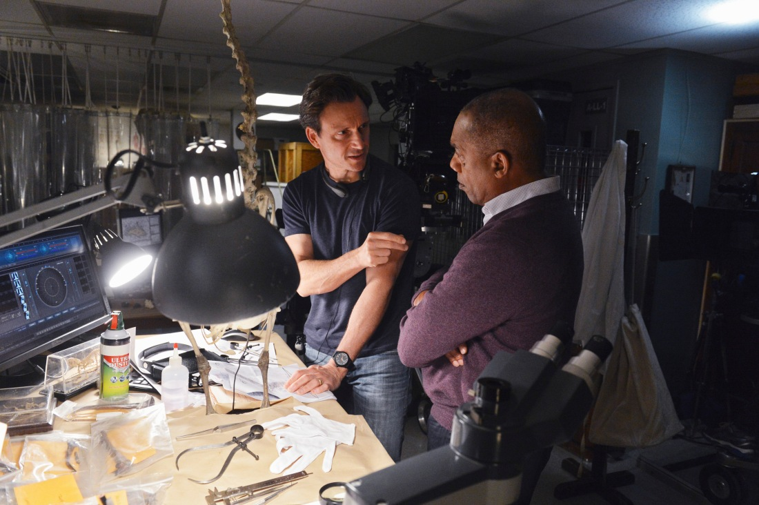 TONY GOLDWYN (DIRECTOR), JOE MORTON