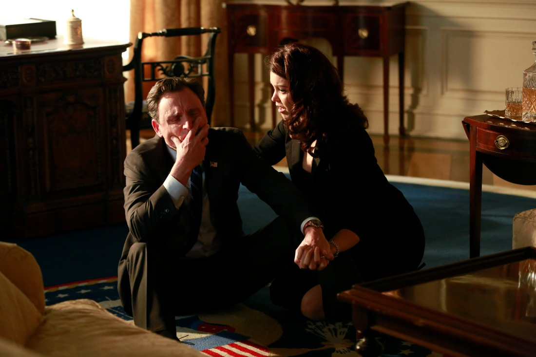 TONY GOLDWYN, BELLAMY YOUNG