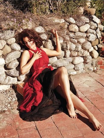 Bellamy Young MORE Magazine 1