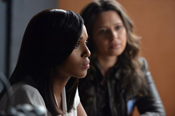 KERRY WASHINGTON, KATIE LOWES