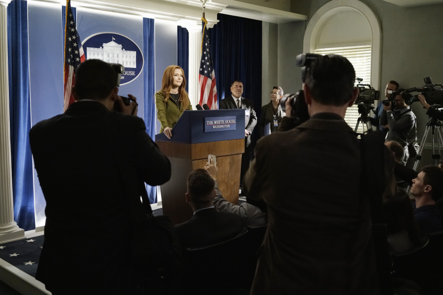 "SCANDAL - ""Paris is Burning"" - Olivia and Fitz face some very big consequences and Mellie brings in an old friend to make sure she gets her way. Meanwhile, Abby shows Olivia she is fully capable of handling working at the White House, on ""Scandal,"" THURSDAY OCTOBER 8 (9:00-10:00 p.m., ET) on the ABC Television Network. (ABC/Michael Desmond) DARBY STANCHFIELD"