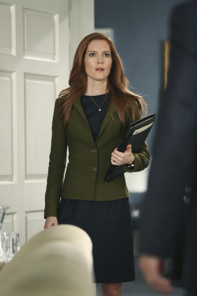 "SCANDAL - ""Paris is Burning"" - Olivia and Fitz face some very big consequences and Mellie brings in an old friend to make sure she gets her way. Meanwhile, Abby shows Olivia she is fully capable of handling working at the White House, on ""Scandal,"" THURSDAY OCTOBER 8 (9:00-10:00 p.m., ET) on the ABC Television Network. (ABC/John Fleenor) DARBY STANCHFIELD"