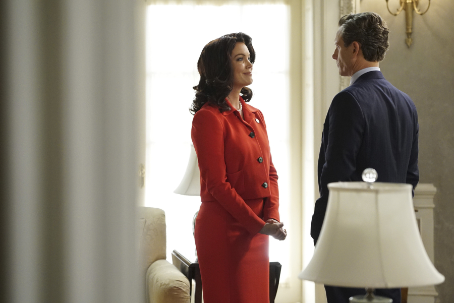 """SCANDAL - """"Yes"""" -- The Pope and Associates team dives into a new case that takes Olivia out of D.C. and away from the President. Meanwhile, back at the White House, Fitz is determined to find who's responsible for causing the latest turn of events, and Abby receives unexpected guidance from a master of damage control as she struggles to catch a break, on """"Scandal,"""" THURSDAY OCTOBER 1 (9:00--10:00 p.m., ET) on the ABC Television Network. (ABC/Eric McCandless) BELLAMY YOUNG, TONY GOLDWYN"""