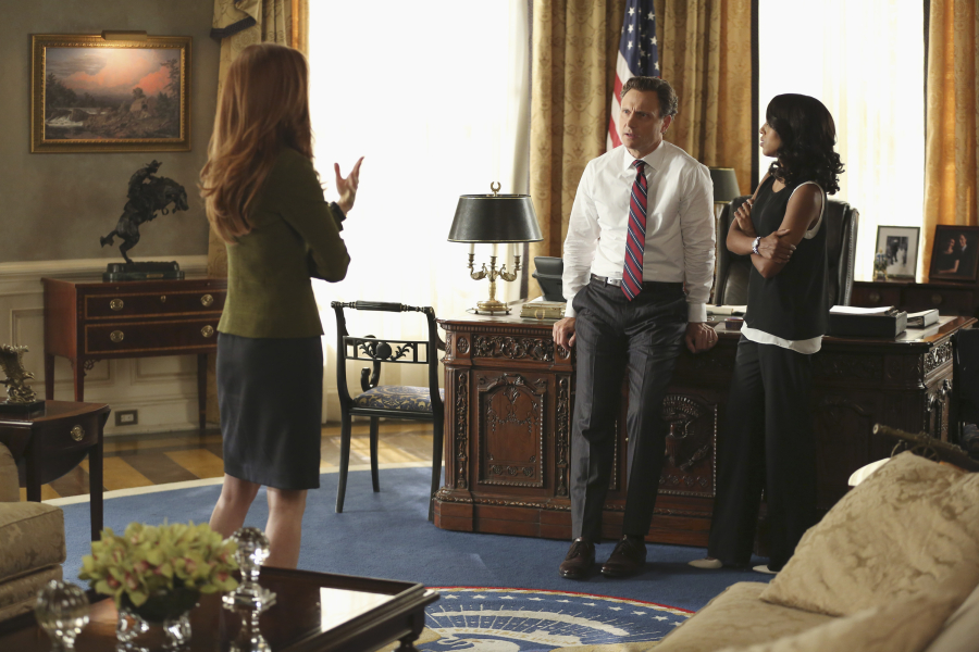 "SCANDAL - ""Paris is Burning"" - Olivia and Fitz face some very big consequences and Mellie brings in an old friend to make sure she gets her way. Meanwhile, Abby shows Olivia she is fully capable of handling working at the White House, on ""Scandal,"" THURSDAY OCTOBER 8 (9:00-10:00 p.m., ET) on the ABC Television Network. (ABC/John Fleenor) DARBY STANCHFIELD, TONY GOLDWYN, KERRY WASHINGTON"