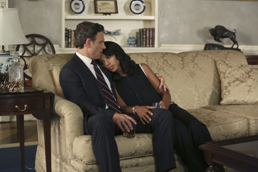 "SCANDAL - ""Paris is Burning"" - Olivia and Fitz face some very big consequences and Mellie brings in an old friend to make sure she gets her way. Meanwhile, Abby shows Olivia she is fully capable of handling working at the White House, on ""Scandal,"" THURSDAY OCTOBER 8 (9:00-10:00 p.m., ET) on the ABC Television Network. (ABC/John Fleenor) TONY GOLDWYN, KERRY WASHINGTON"