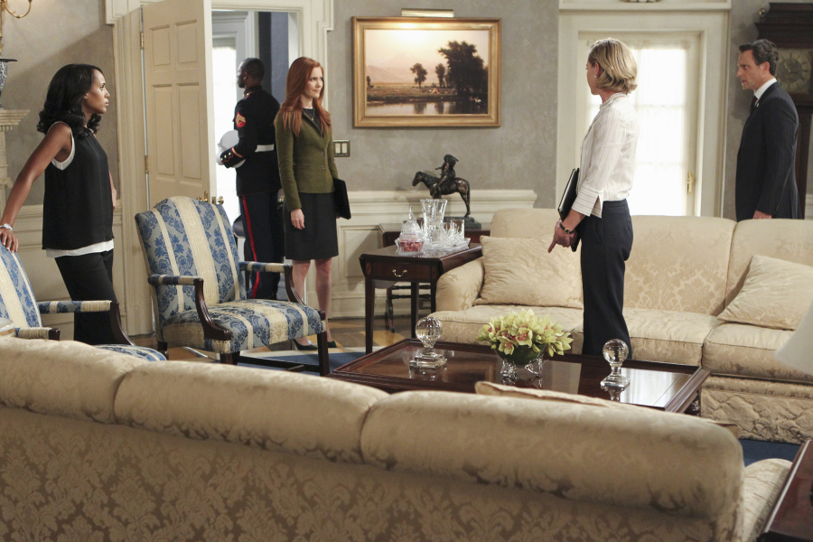 "SCANDAL - ""Paris is Burning"" - Olivia and Fitz face some very big consequences and Mellie brings in an old friend to make sure she gets her way. Meanwhile, Abby shows Olivia she is fully capable of handling working at the White House, on ""Scandal,"" THURSDAY OCTOBER 8 (9:00-10:00 p.m., ET) on the ABC Television Network. (ABC/John Fleenor) KERRY WASHINGTON, DARBY STANCHFIELD, PORTIA DE ROSSI, TONY GOLDWYN"
